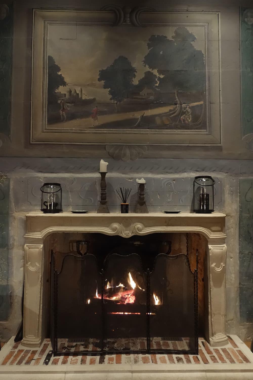 Chateau d'Allogny, cheminée