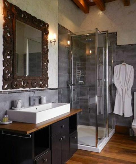 Salle de bain du château d'Allogny